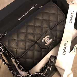 4bf8908d00ad CHANEL Bags - 🔻SOLD 🔻Chanel mini flap black caviar 18C